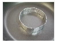 目玉焼きの丸い型を作る