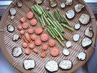 半干し状態の野菜