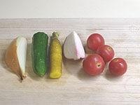 いろんな野菜を使います。