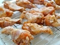 オーブンで肉を焼く