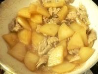 大根が柔らかくなって、煮汁が少なくなれば仕上げ