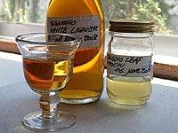 長期間熟成させた山椒酒