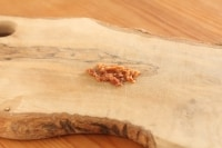 梅干しを刻む
