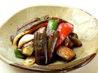 応用レシピ1:茄子とパプリカと豚肉の黒にんにくみそ炒め