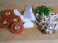 野菜はそれぞれ切る