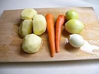 野菜類は大きく切る