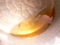 粉をふるい、みりんを煮詰め、内釜に油を塗る