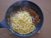 スパゲッティと和える