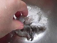 冷凍海老の臭みを抜く